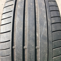 2ks 235.40.18 Dunlop SP Sport Maxx GT MO 91Y 5mm